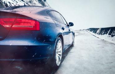 Zbliża się zima, jak zabezpieczyć przed nią samochód - Blog - kapitan-laweta.pl